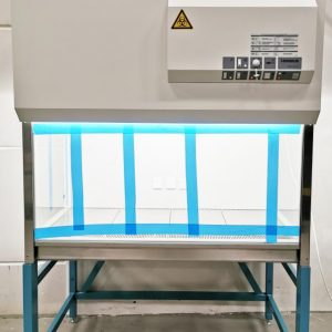HeraSafe HS12 Class II Type A2 Biological Safety Cabinet HeraSafe HS12 Class II Type A2 Biological Safety Cabinet