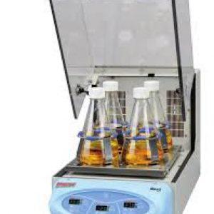 MaxQ 4450 Benchtop Orbital Shaker incubated w/ cooling heating coil laboratory MaxQ 4450 Benchtop Orbital Shaker incubated w/ cooling heating coil laboratory